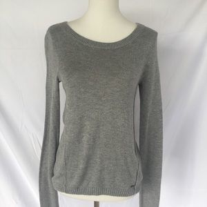 $5 ~ Must Bundle ~ Hollister Grey Sweater ~ XS